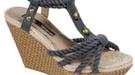 Sandalias y zapatos para la primavera/verano 2011