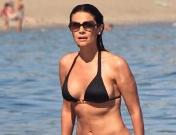 Las ex Miss España, tres sirenas en la playa de Marbella