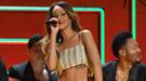 Las más ligeritas de los Grammy 2013: escotes y minifaldas que se saltaron la normativa