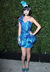 Selena Gomez se convierte en una 'pitufina'