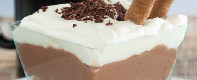 Crema de chocolate con yogur griego