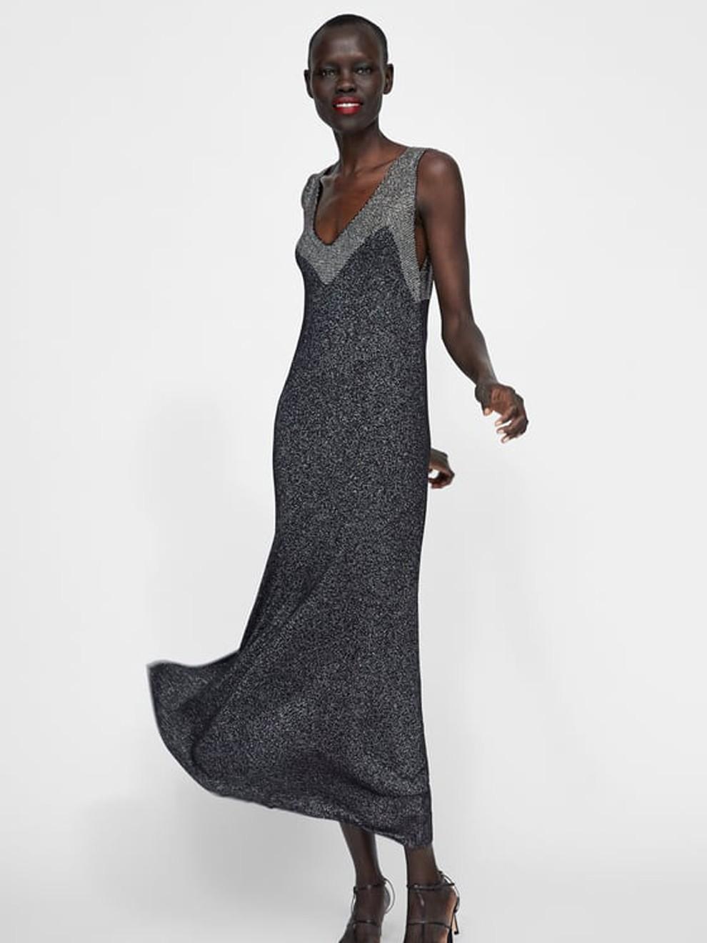 Glitter en color gris para Nochevieja con un vestido de Zara