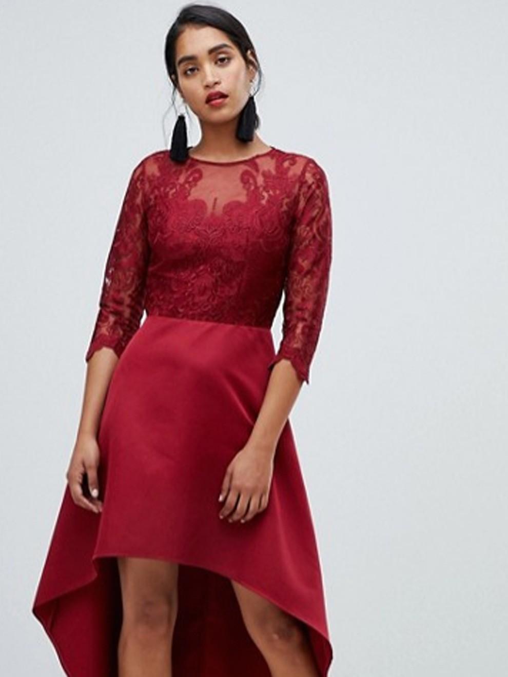 Vestido asimétrico rojo de Asos por 96'99 euros