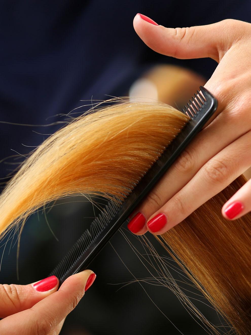 Que significa sonar ver cortar el pelo