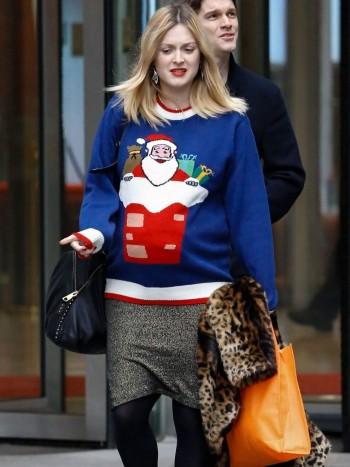 Cómo combinar un jersey de Navidad: 9 looks imprescindibles y básicos