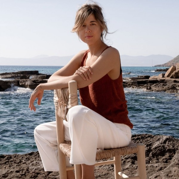 Anna Alfaro
