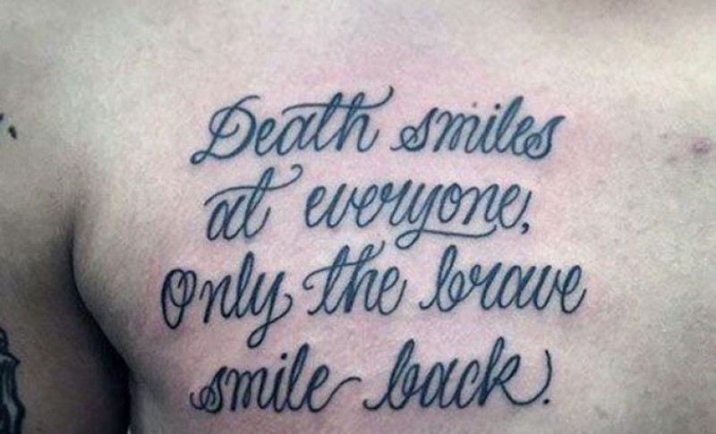 61 Frases Para Tatuarse En El Pecho Disenos Para Mujeres Y Hombres