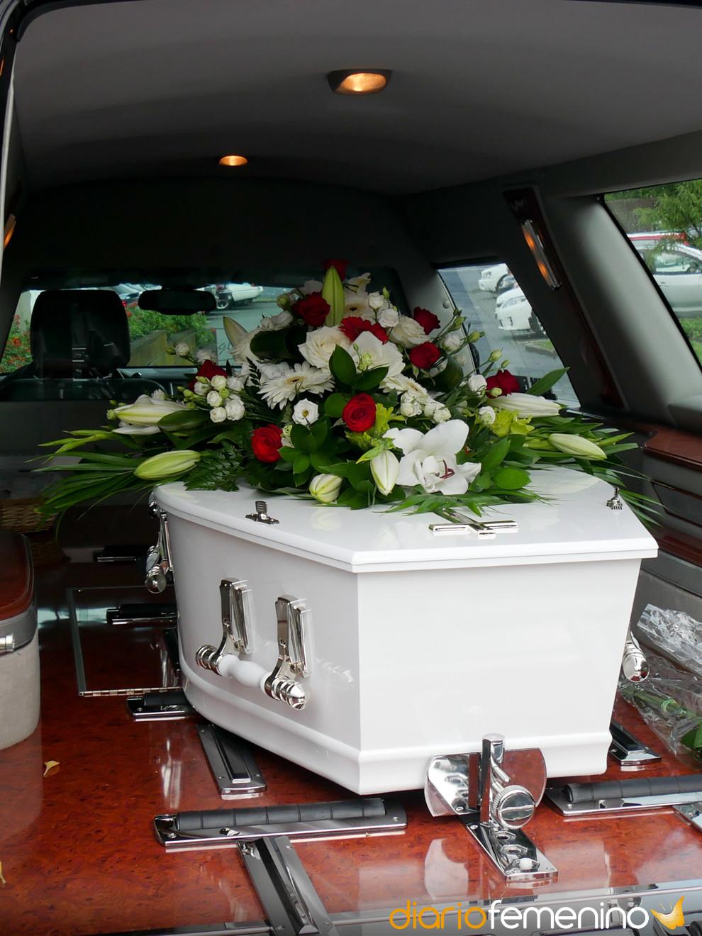 Soñar Con Un Coche Fúnebre No Es Mal Presagio Este Es Su Significado