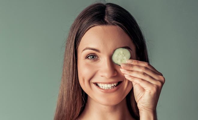 Remedios caseros para desaparecer las bolsas de los ojos