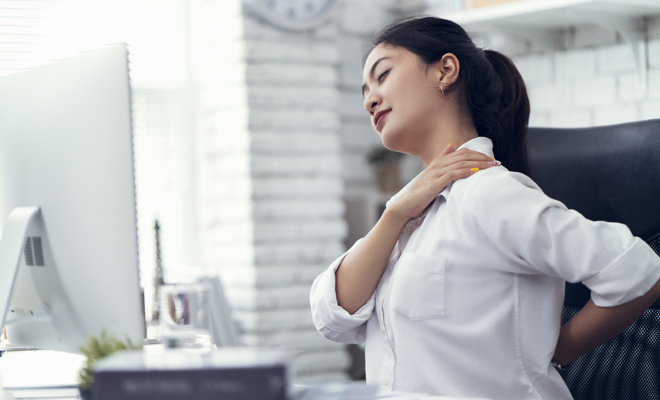Dolor de espalda: a qué médico debes acudir para tratar la..