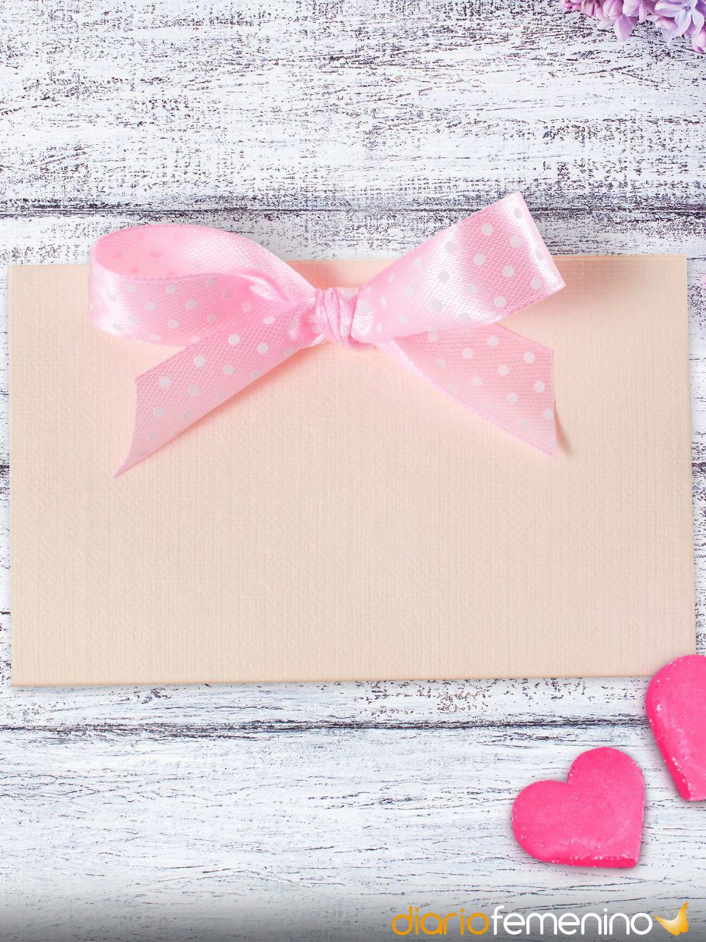 Carta de amor cursi y romántica: rosa y con lazo