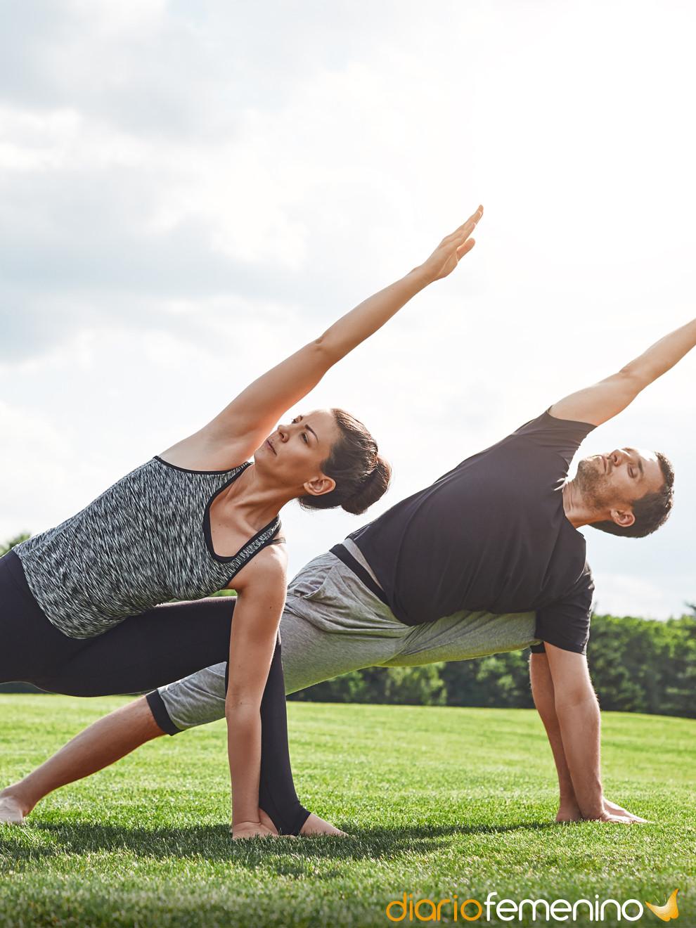 9 Posturas De Yoga En Pareja Como Hacerlas Y Que Beneficios Tienen