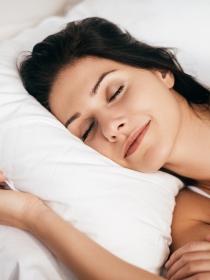 Consejos para dormir bien y acabar con el insomnio femenino