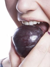 Ciruelas: remedio casero contra el estreñimiento