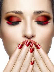 Luce unas uñas fantásticas en Navidad: la manicura ideal para estas fiestas