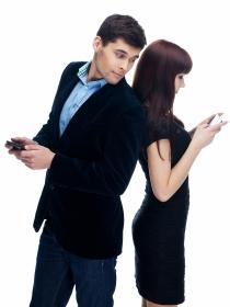 Mujeres y hombres: ¿quién lleva los pantalones en la relación de pareja?