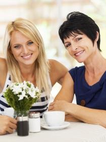 Mujeres y hombres: la relación de pareja más la suegra