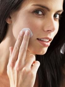 Tratamiento facial con ácido salicílico para el acné y la psoriasis