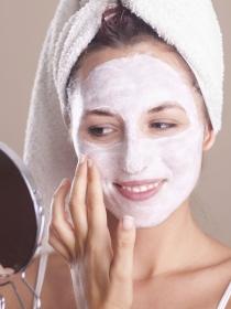 Los productos que necesitas para una correcta limpieza facial diaria