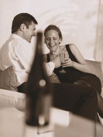 Falsos mitos sobre dieta: ¿una copa de vino al día disminuye el riesgo de infarto?