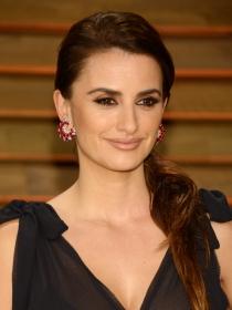Los Oscars 2014 confuden a Penélope Cruz con Salma Hayek, ¿se parecen?