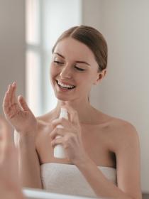 Falsos mitos sobre belleza: la piel se acostumbra a las cremas