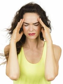 Dolor de cabeza por falta de vitaminas