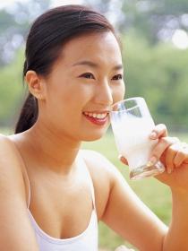Cuando la leche da dolor de estómago: intolerancia y alergias