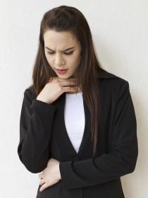 ¿Sufres dolor de garganta? Descarta el Síndrome de Fatiga Crónica