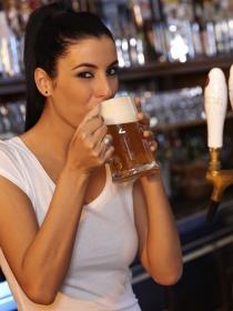 Los beneficios de la cerveza contra los síntomas de la menopausia
