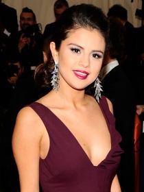 Selena Gomez, Kristen Stewart y Beyoncé, las más feas de MET 2014