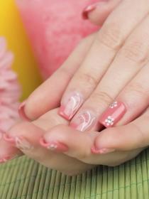 Cómo conseguir unas uñas retro: manicura vintage, paso a paso