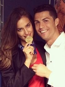 Irina Shayk y Cristiano Ronaldo celebran juntos su mejor año