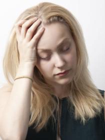 Migrañas, un dolor de cabeza más habitual en las mujeres