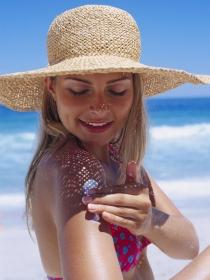Cuánto protector solar hemos de aplicar en cada zona de la piel
