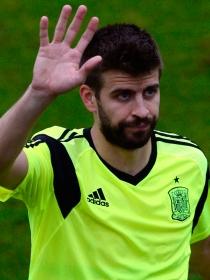 Piqué, más centrado en Shakira y su posible boda que en el Mundial
