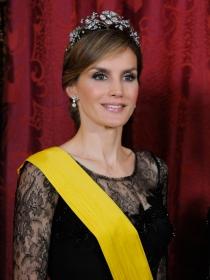 Letizia, la más guapa de la fiesta: una coronación sin reinas ni princesas