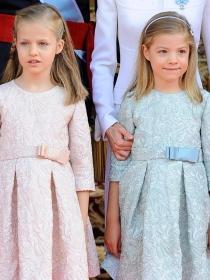 Los vestidos de Leonor y Sofía, reflejo del look de la Reina Letizia