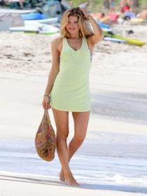 Vestidos cortos de playa: el armario de las vacaciones