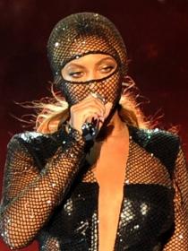 Beyoncé y Nicki Minaj, las divas de los BET Awards 2014