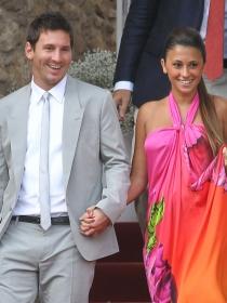 La novia de Messi VS la mujer de Robben: el Holanda Argentina más sensual