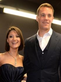 Manuel Neuer no es gay: así es la esposa del portero de Alemania