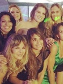Antonella Roccuzzo, novia de Leo Messi, de fiesta con el resto de esposas de Argentina
