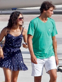 Rafa Nadal, su novia, Xisca Perelló, y su hermana, Maribel, de vacaciones en Ibiza