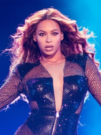 La sexy Beyoncé calienta 50 sombras de Grey con Crazy in Love