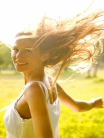 Cortes de pelo para las vacaciones: radiante al sol