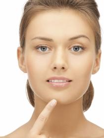 Acné hormonal: cuando las hormonas producen granos
