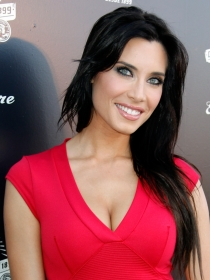 Pilar Rubio, Sara Carbonero, Shakira... Las 10 sonrisas más bonitas