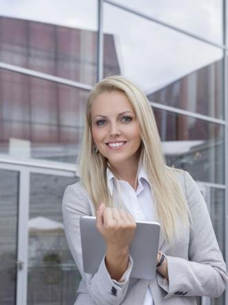 Mujer Capricornio en el trabajo