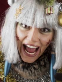 Cómo NO vestirse en Navidad: vestidos ridículos y muy poco navideños